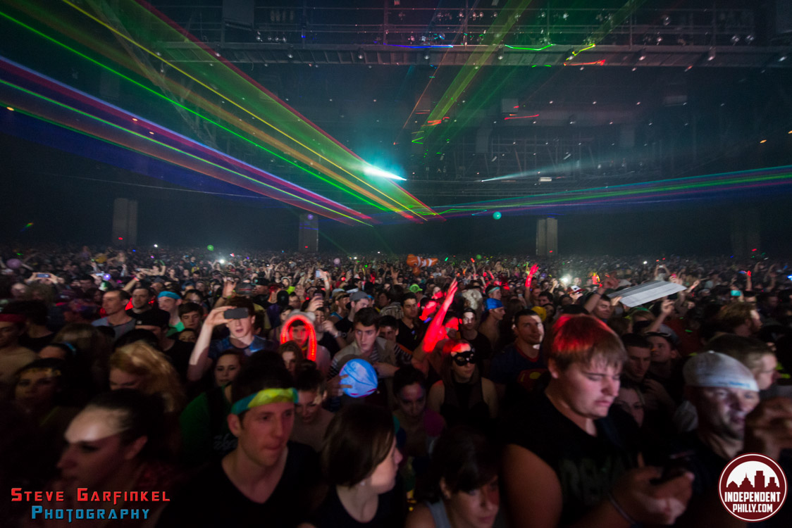 Pretty_Lights-120
