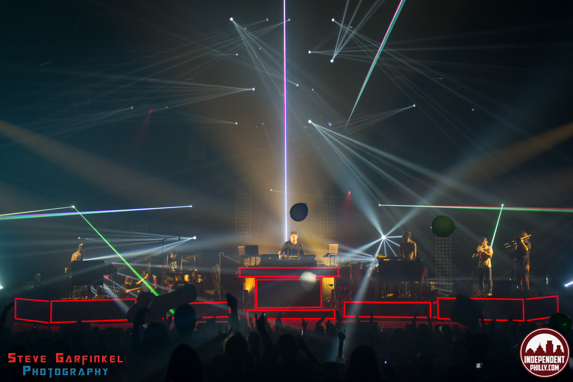 Pretty_Lights-131