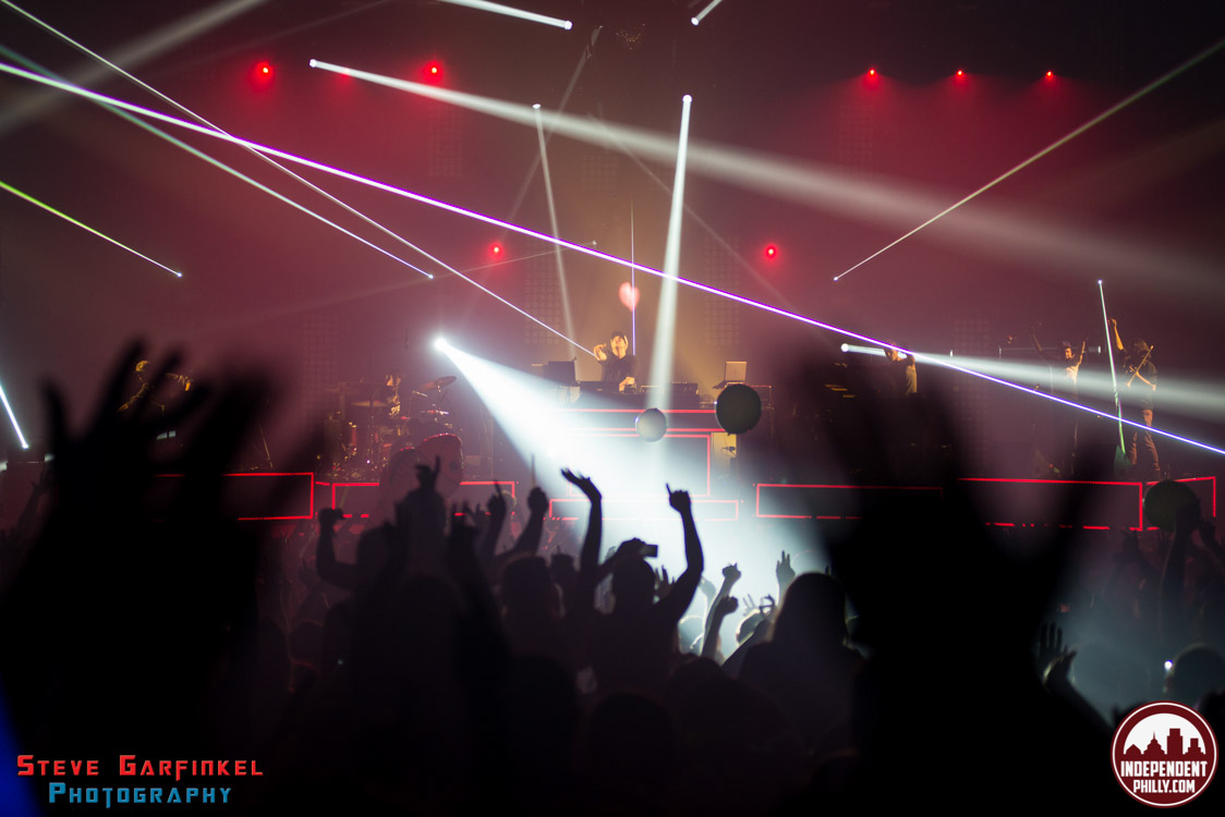 Pretty_Lights-136