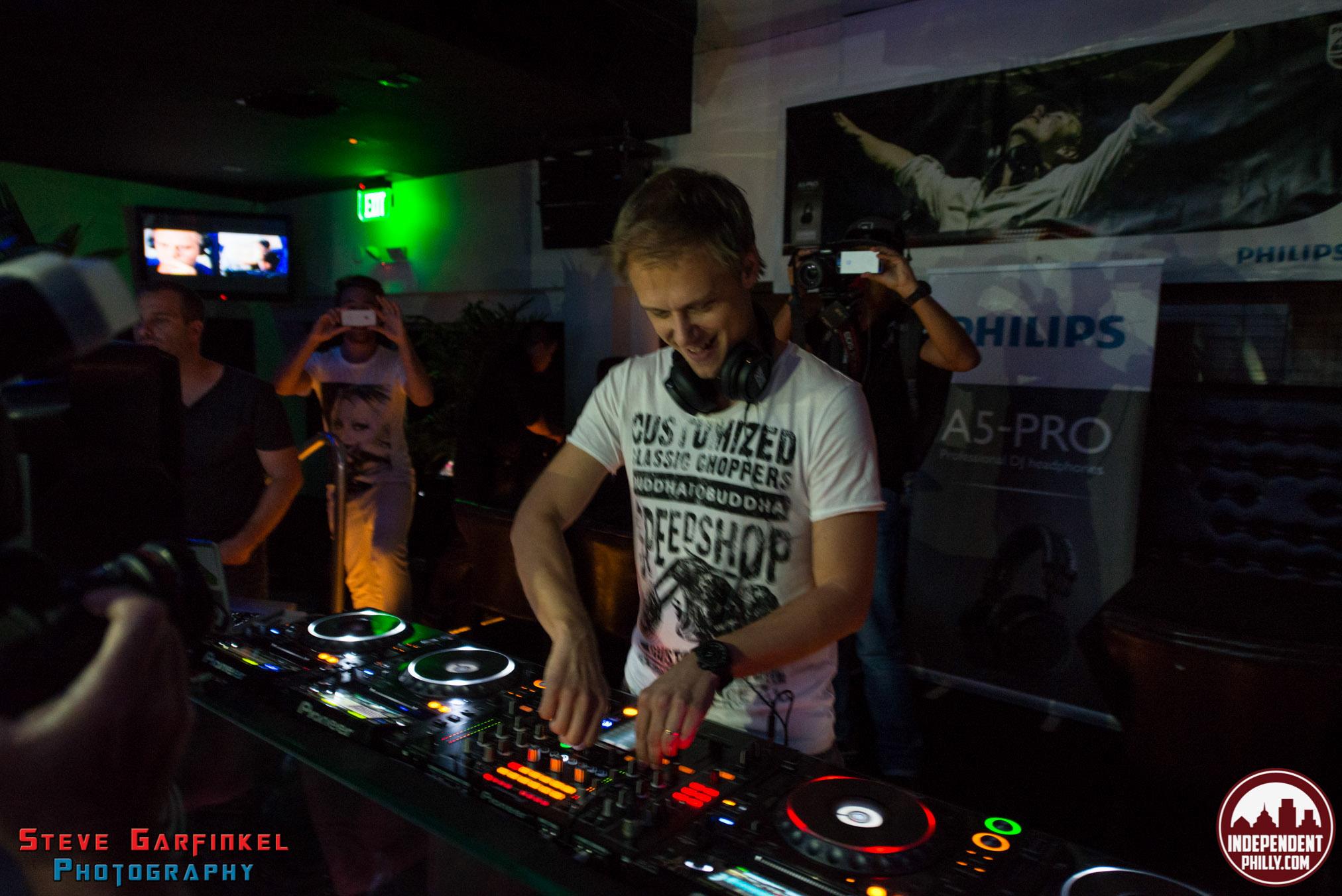 Armin-35