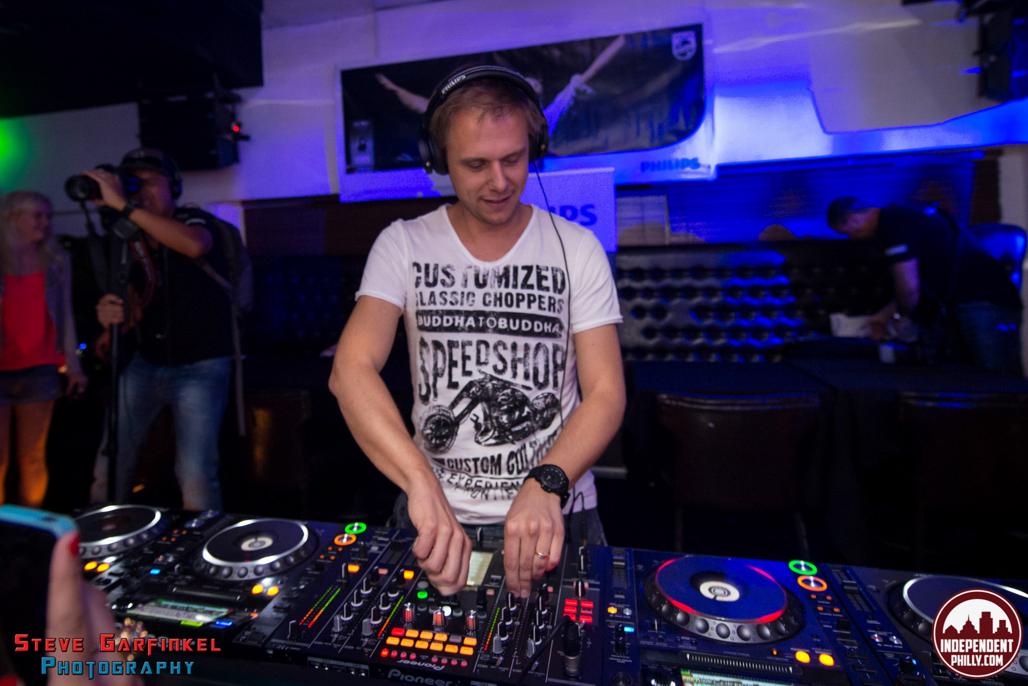 Armin-42