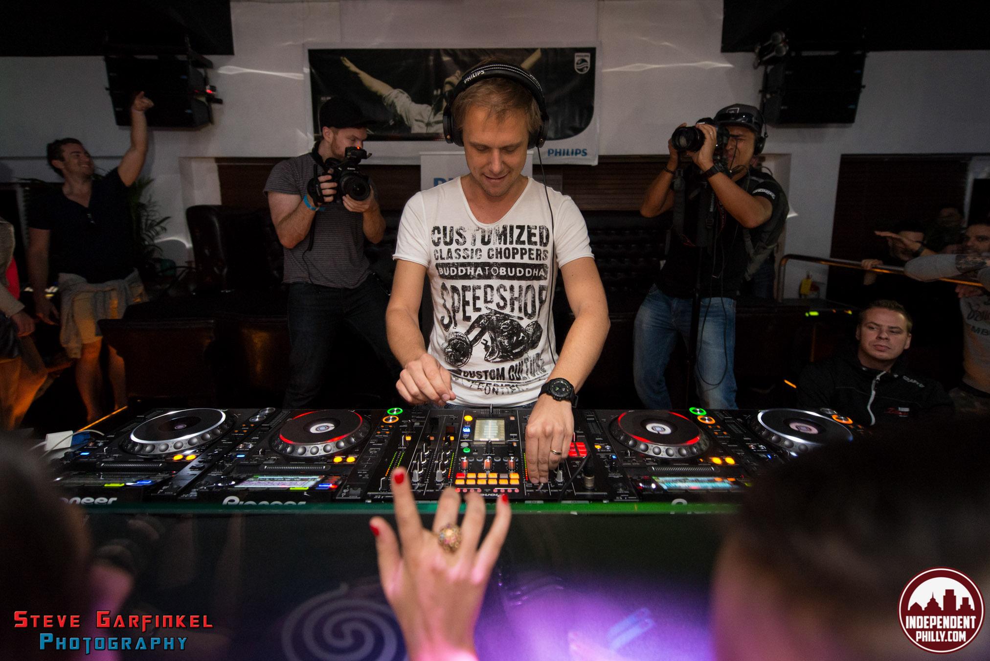 Armin-43