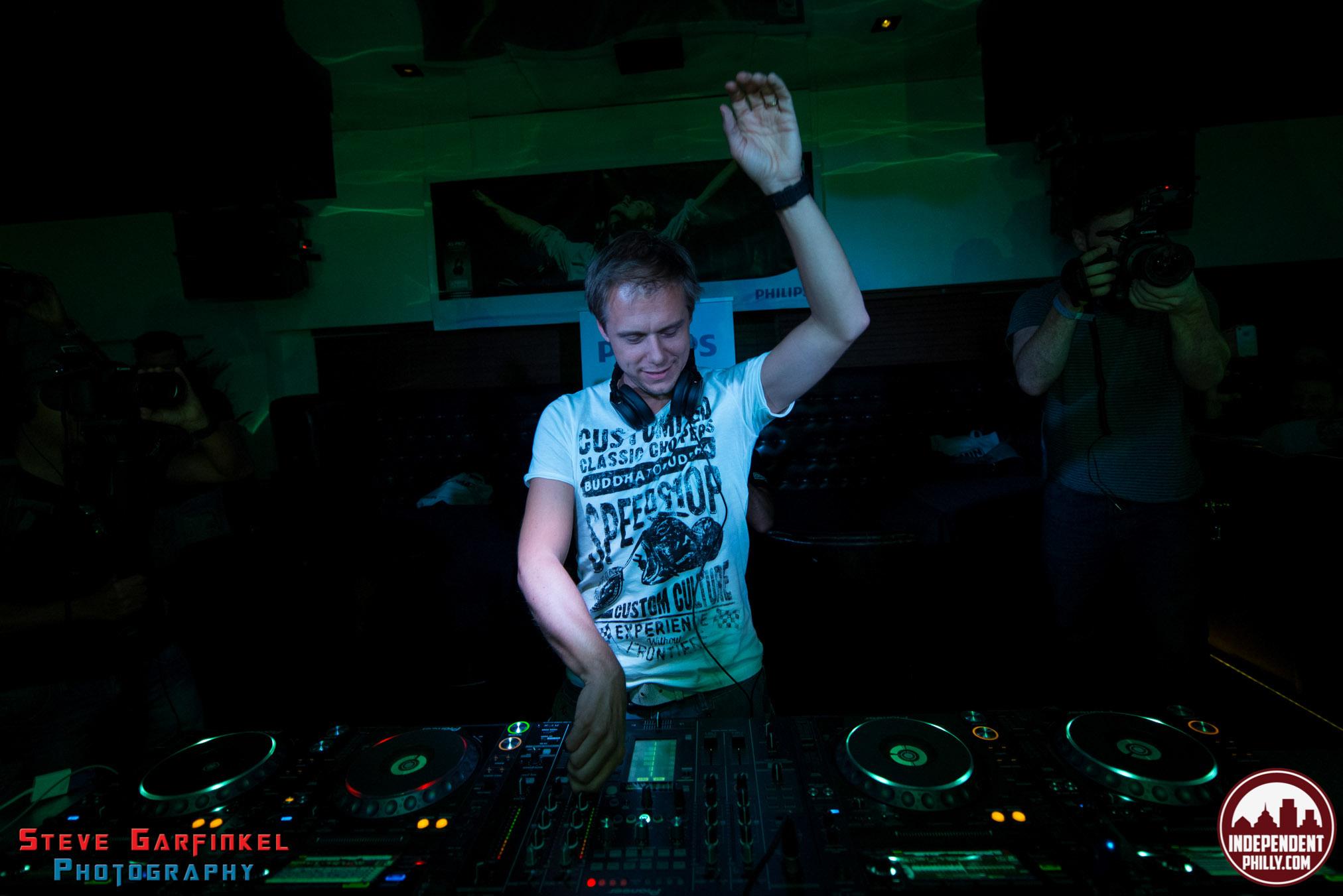 Armin-48