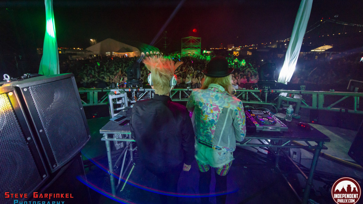 Life in Color at Festival Pier with NERVO, Quintino and TJR