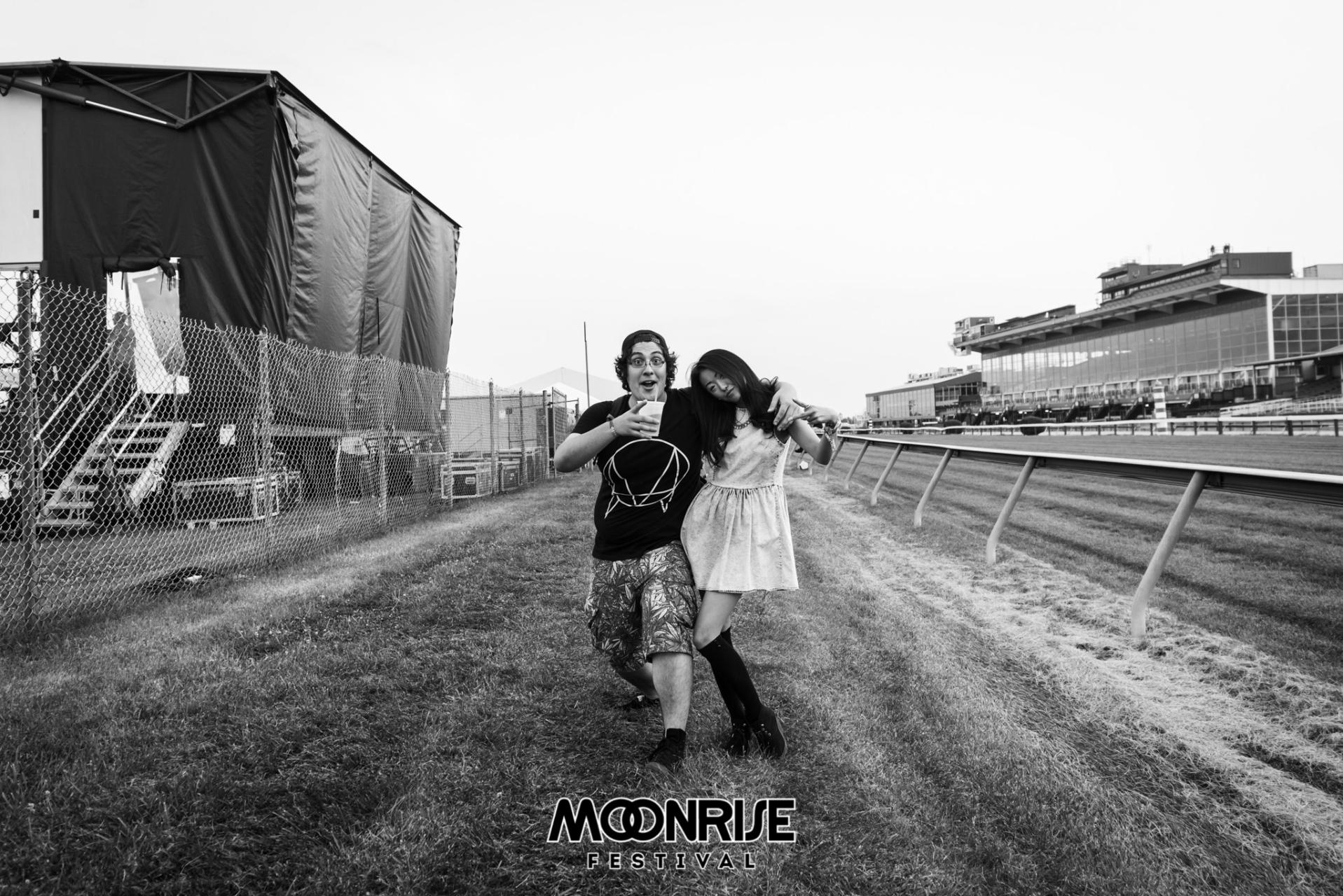 Moonrise_day1-77