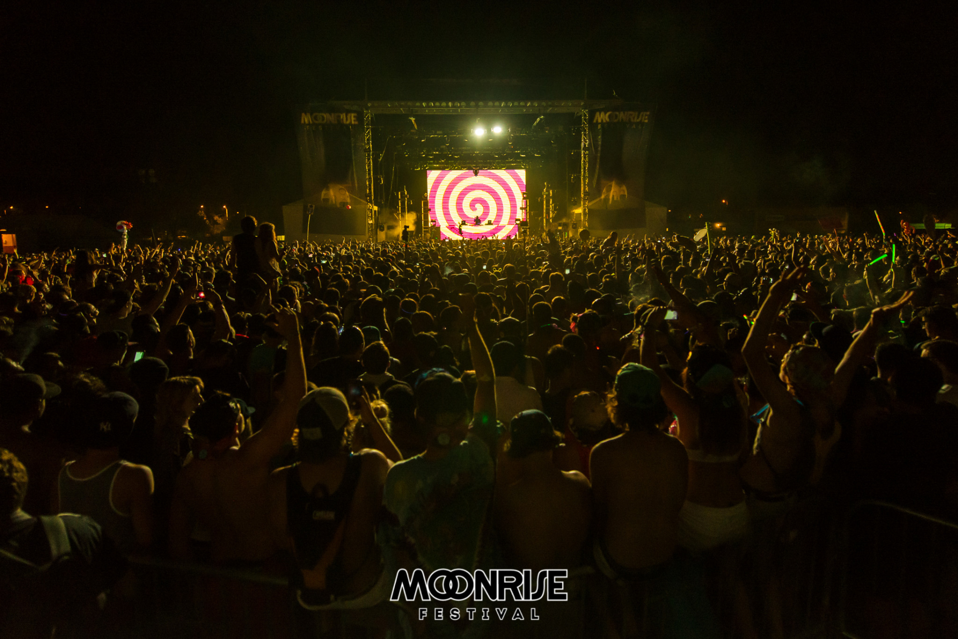 Moonrise_day2-1