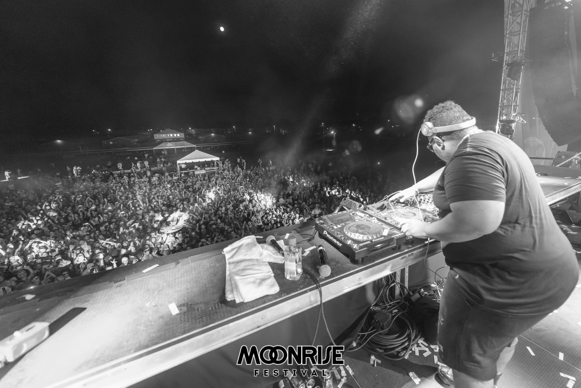 Moonrise_day2-100