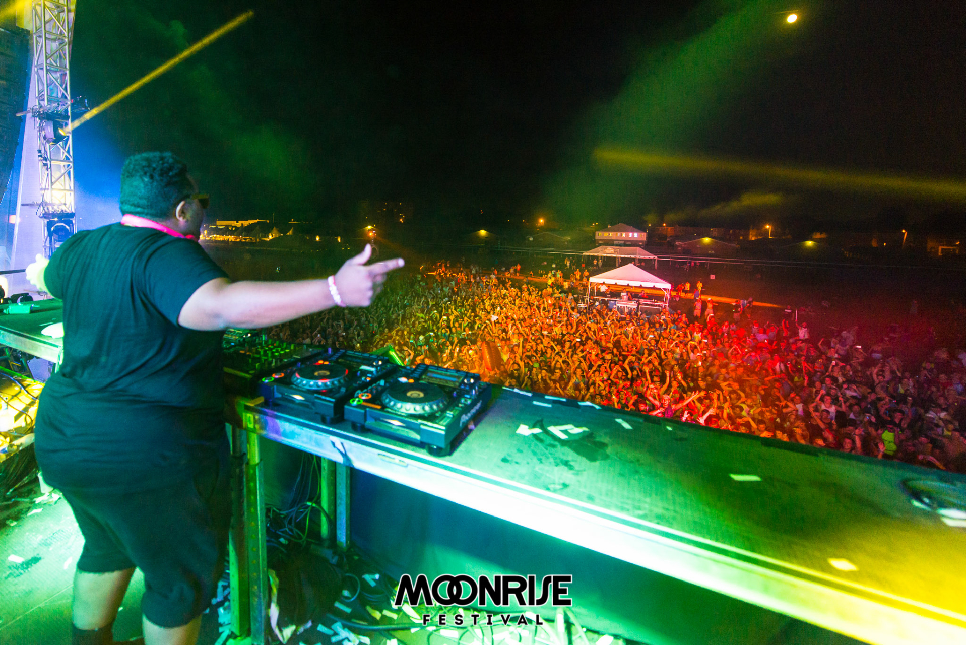 Moonrise_day2-101
