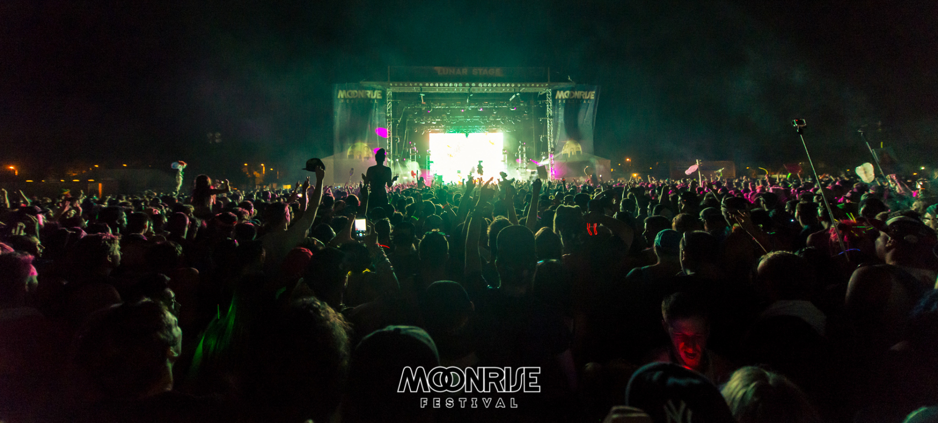Moonrise_day2-113