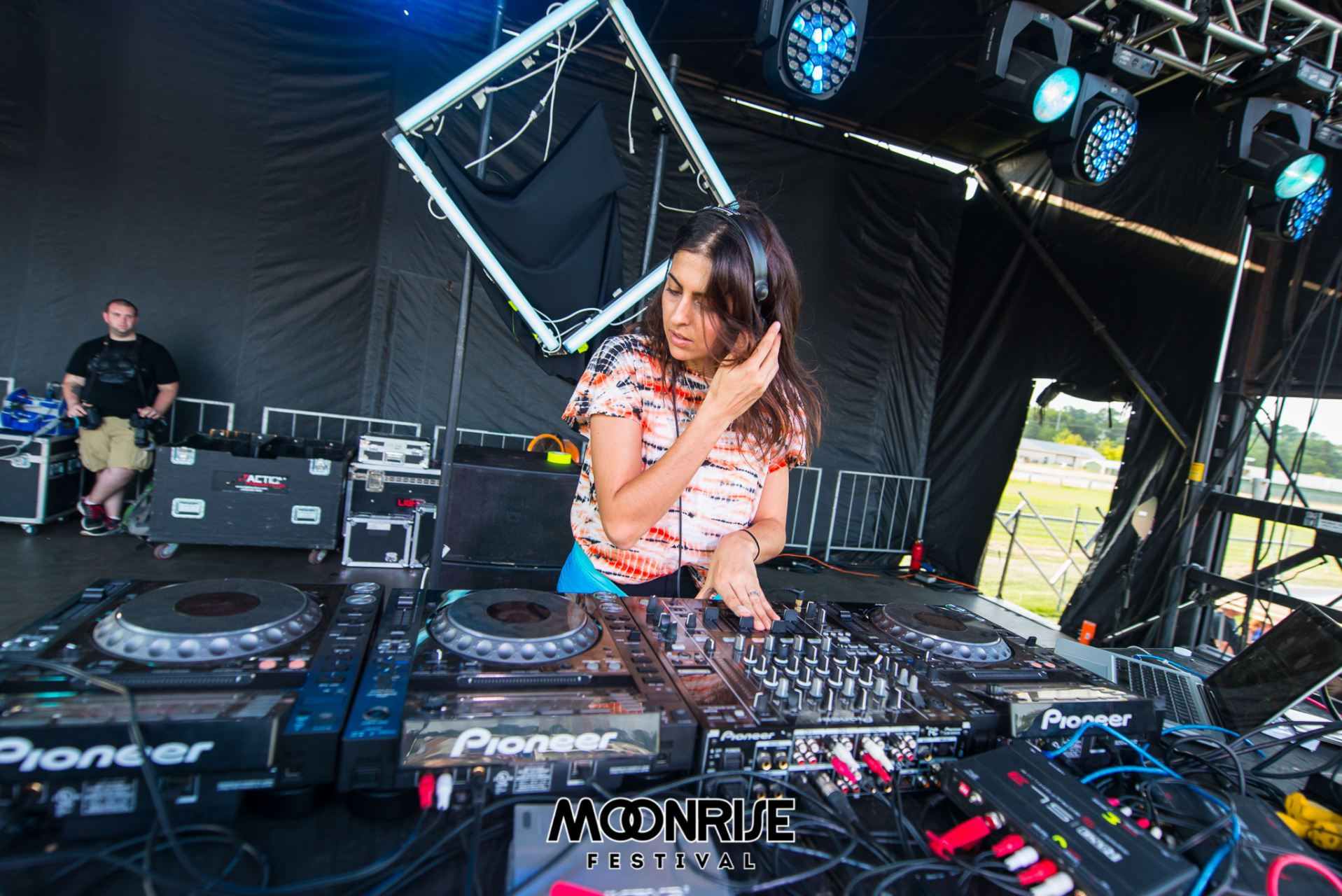 Moonrise_day2-5