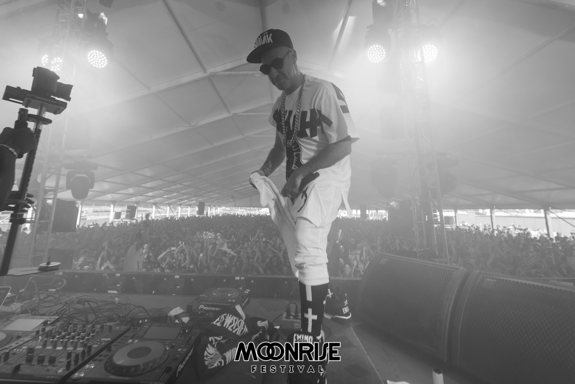 Moonrise_day2-64