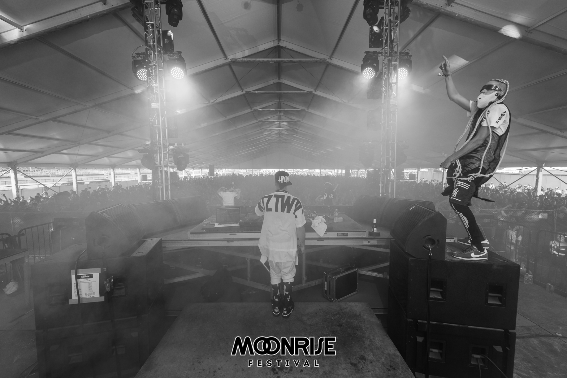 Moonrise_day2-70