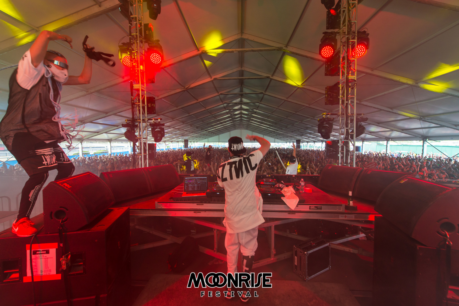 Moonrise_day2-72