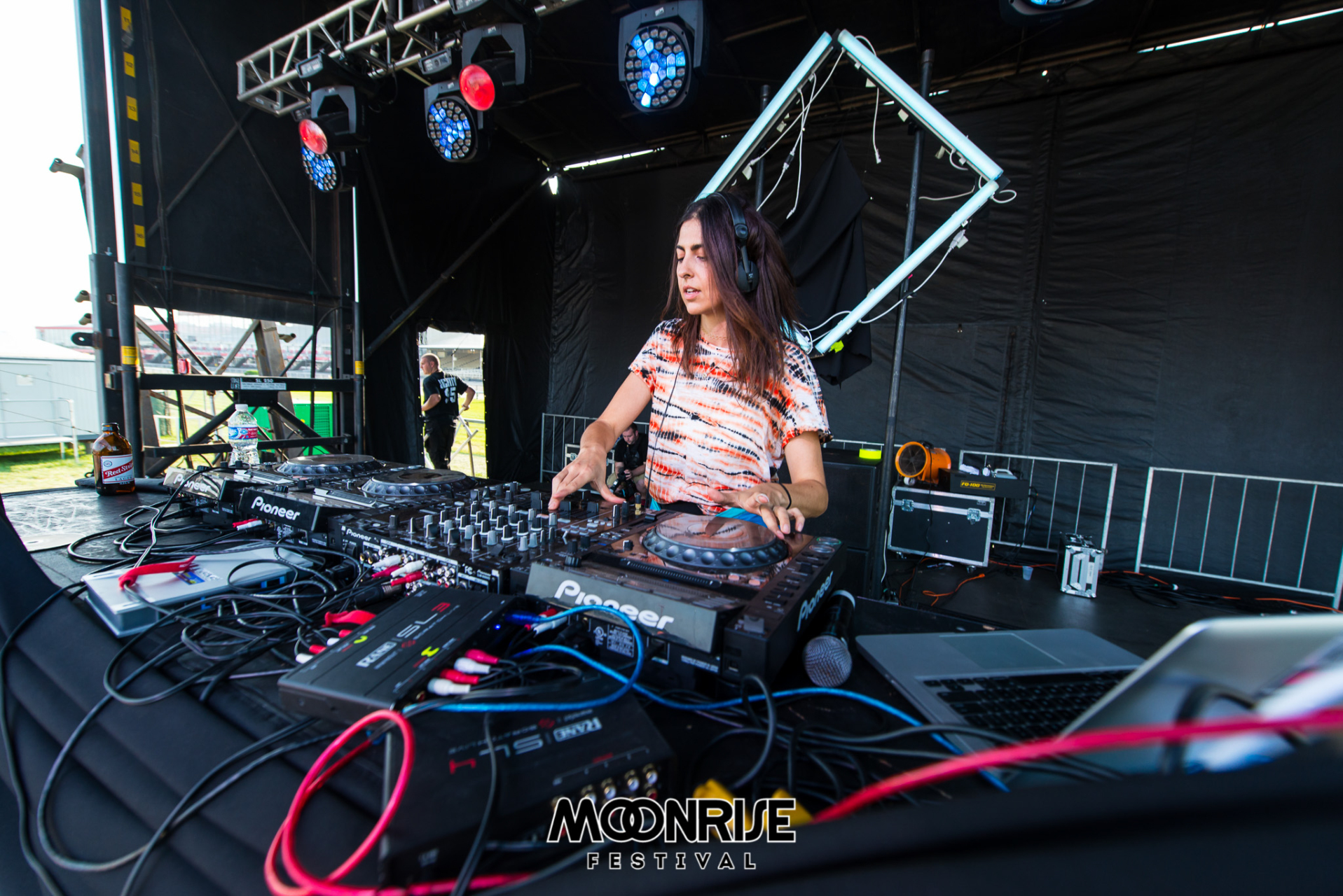 Moonrise_day2-82