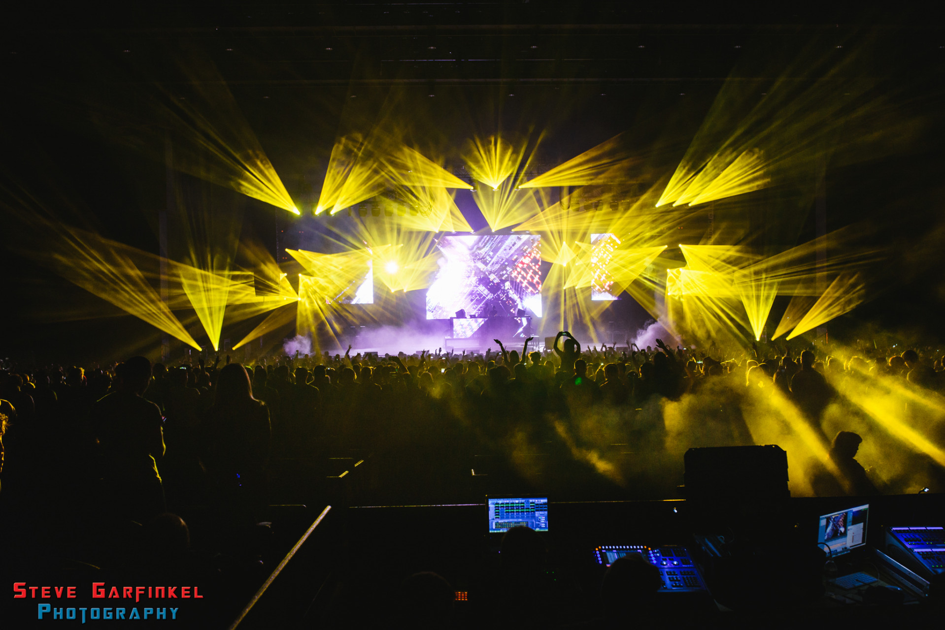 Above-Beyond_GARFINKEL-57
