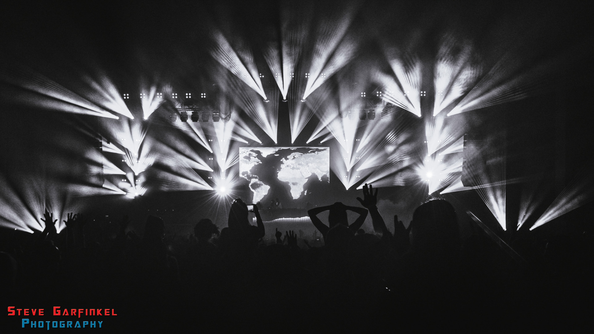 Above-Beyond_GARFINKEL-82