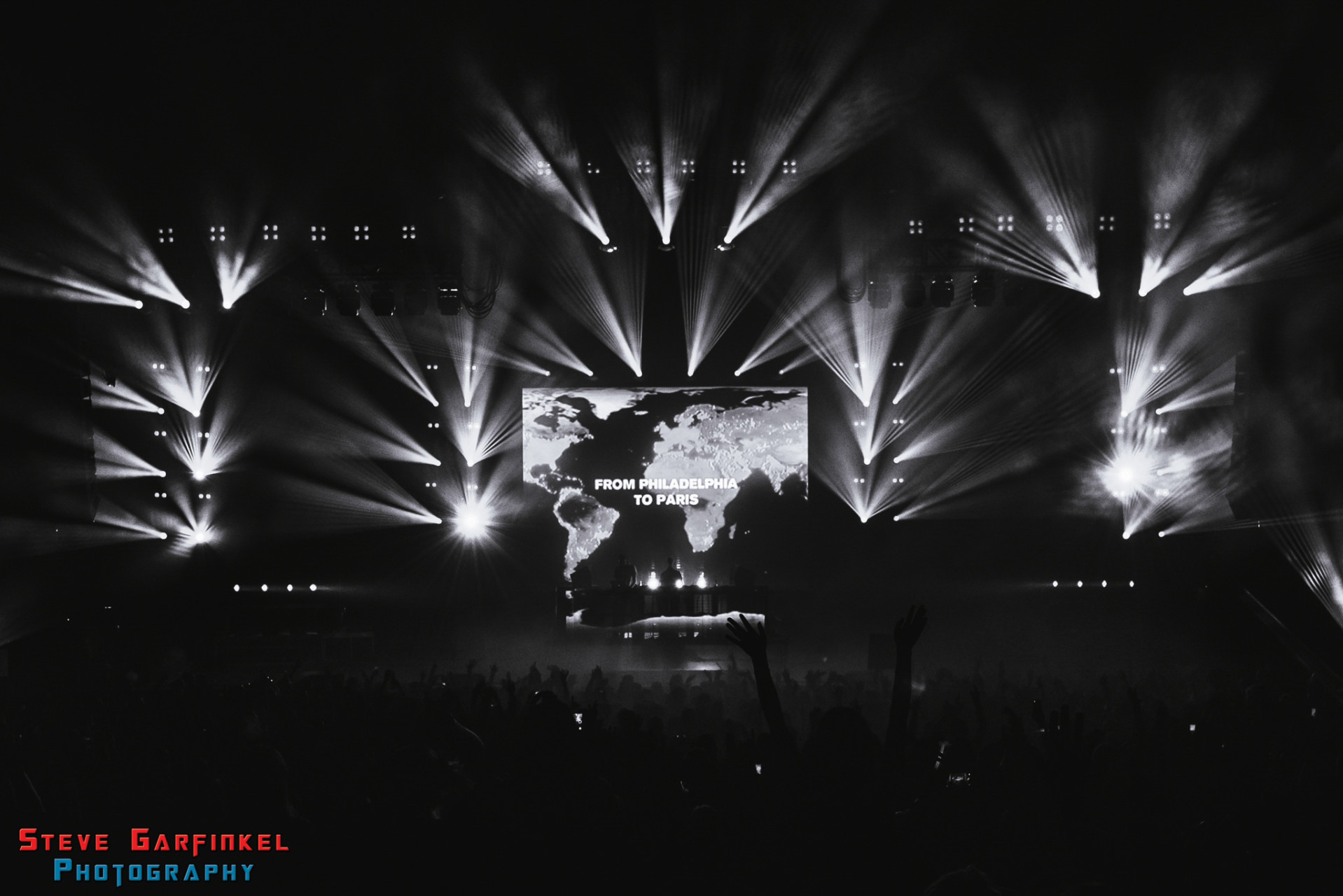 Above-Beyond_GARFINKEL-83