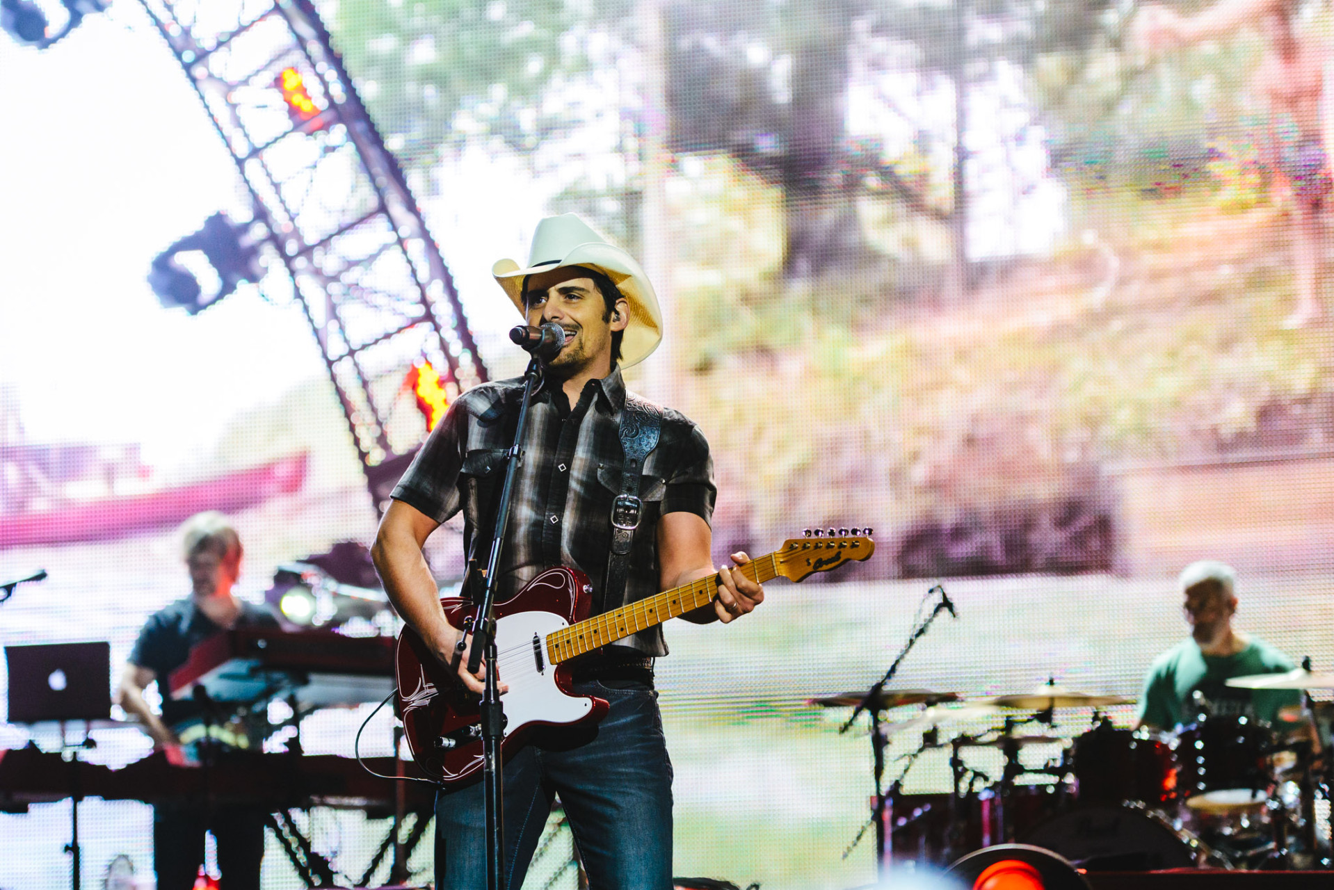 Brad_Paisley_Photos-46