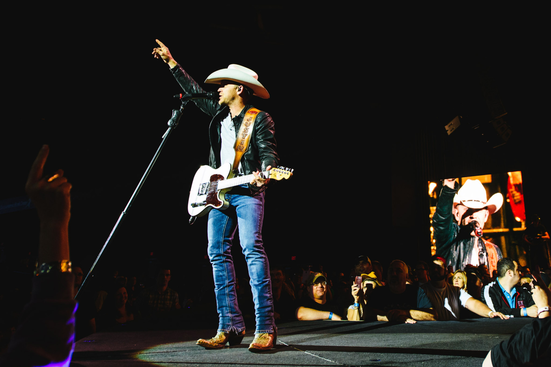 Brad_Paisley_Photos-73